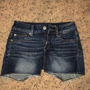 Super stretch AE jean shorts